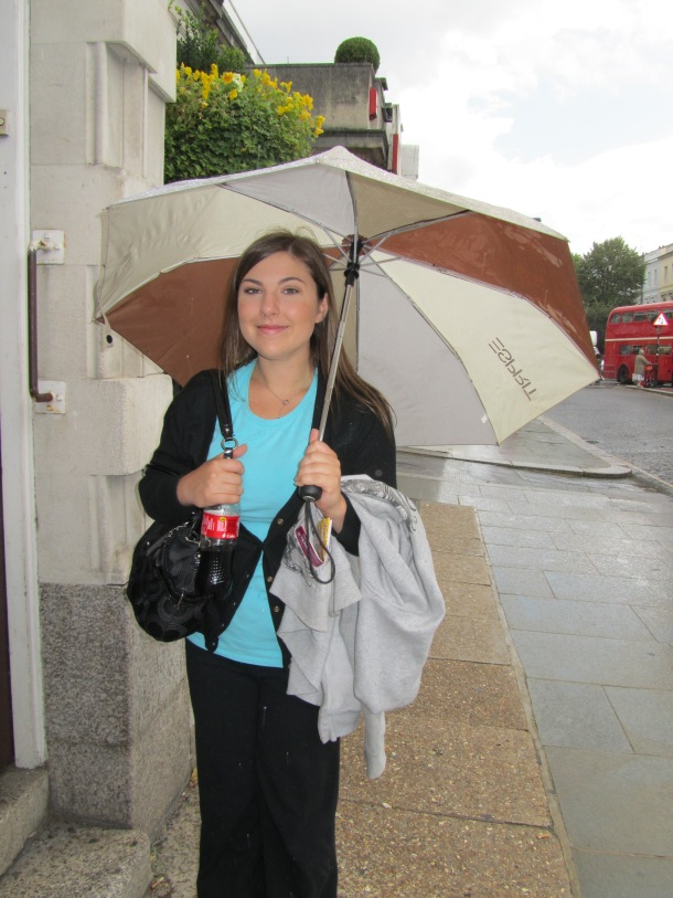 Jenny got the hang of London weather. Light jacket and umbrella are the summer staples